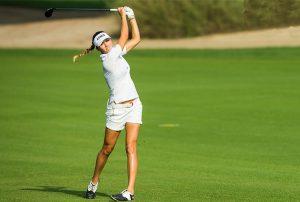 Nguy Cơ Chấn Thương Cột Sống khi chơi golf